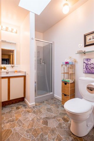 Photo 8: : Roberts Creek House for sale (Sunshine Coast)  : MLS®# R2230741