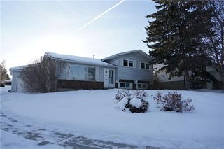 Photo 5: 500 QUEEN CHARLOTTE Road SE in Calgary: Queensland House for sale : MLS®# C4161962