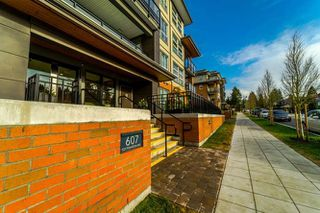 """Photo 1: 206 607 COTTONWOOD Avenue in Coquitlam: Coquitlam West Condo for sale in """"STANTON HOUSE BY POLYGON"""" : MLS®# R2243210"""