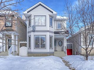 Photo 1: 100 PRESTWICK Avenue SE in Calgary: McKenzie Towne House for sale : MLS®# C4171620