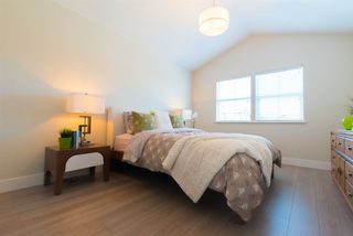 "Photo 13: 39 22057 49 Avenue in Langley: Murrayville Townhouse for sale in ""Heritage"" : MLS®# R2265866"
