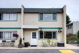 "Main Photo: 28 4953 57 Street in Delta: Hawthorne Townhouse for sale in ""THE OASIS"" (Ladner)  : MLS®# R2276665"