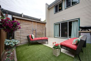 "Photo 10: 28 4953 57 Street in Delta: Hawthorne Townhouse for sale in ""THE OASIS"" (Ladner)  : MLS®# R2276665"