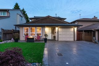 "Photo 3: 2426 WAYBURNE Crescent in Langley: Willoughby Heights House for sale in ""Langley Meadows"" : MLS®# R2288999"