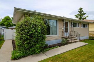 Photo 1: 2427 37 Street SW in Calgary: Glendale Detached for sale : MLS®# C4201043