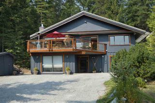 "Photo 1: 8333 RAINBOW Drive in Whistler: Alpine Meadows House for sale in ""Alpine"" : MLS®# R2299873"