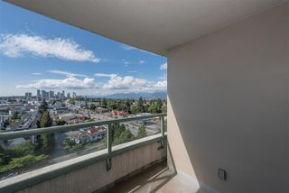 "Photo 9: 1205 6611 SOUTHOAKS Crescent in Burnaby: Highgate Condo for sale in ""GEMINI 1"" (Burnaby South)  : MLS®# R2301550"