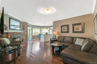 "Photo 3: 12379 SOUTHPARK Crescent in Surrey: Panorama Ridge House for sale in ""Boundary Park"" : MLS®# R2306272"