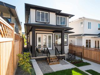 "Photo 19: 4807 ALBERT Street in Burnaby: Capitol Hill BN House for sale in ""CAPITOL HILL"" (Burnaby North)  : MLS®# R2311320"