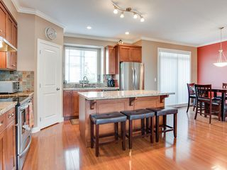 "Photo 3: 19 7168 179 Street in Surrey: Cloverdale BC Townhouse for sale in ""OVATION"" (Cloverdale)  : MLS®# R2311901"