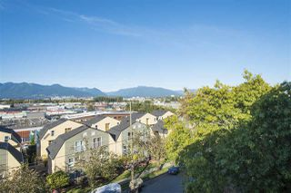 "Photo 15: 410 2142 CAROLINA Street in Vancouver: Mount Pleasant VE Condo for sale in ""The Wood Dale"" (Vancouver East)  : MLS®# R2313461"