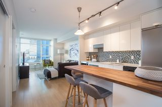 """Photo 4: 309 2788 PRINCE EDWARD Street in Vancouver: Mount Pleasant VE Condo for sale in """"Uptown"""" (Vancouver East)  : MLS®# R2320863"""