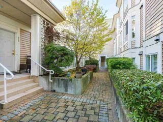 "Photo 18: 252 2565 W BROADWAY in Vancouver: Kitsilano Condo for sale in ""TRAFALGAR MEWS"" (Vancouver West)  : MLS®# R2321224"