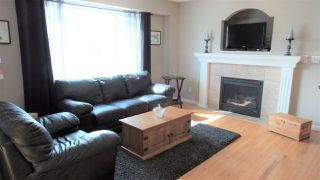Photo 2: 7609 11 Avenue in Edmonton: Zone 53 House for sale : MLS®# E4139763