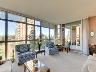 "Photo 4: 903 6888 STATION HILL Drive in Burnaby: South Slope Condo for sale in ""SAVOY CARLTON"" (Burnaby South)  : MLS®# R2336364"