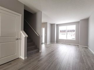 Photo 3: 6315 170 Avenue in Edmonton: Zone 03 House for sale : MLS®# E4143190