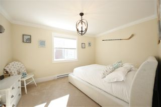 """Photo 11: 39073 KINGFISHER Road in Squamish: Brennan Center House for sale in """"THE MAPLES"""" : MLS®# R2346561"""