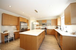 """Photo 2: 39073 KINGFISHER Road in Squamish: Brennan Center House for sale in """"THE MAPLES"""" : MLS®# R2346561"""