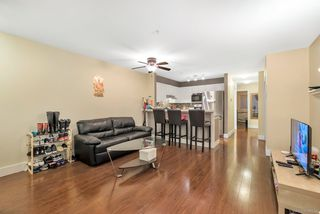 Photo 5: 90 6588 SOUTHOAKS Crescent in Burnaby: Highgate Townhouse for sale (Burnaby South)  : MLS®# R2348291