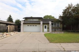 Main Photo: 206 Highlands Place in Saskatoon: Wildwood Residential for sale : MLS®# SK763208