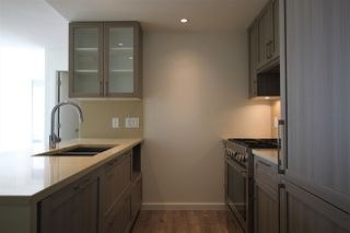"""Photo 5: 1902 5665 BOUNDARY Road in Vancouver: Collingwood VE Condo for sale in """"Wall Centre Central Park"""" (Vancouver East)  : MLS®# R2355553"""