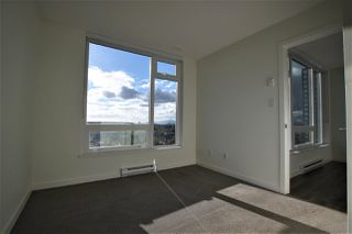 """Photo 7: 1902 5665 BOUNDARY Road in Vancouver: Collingwood VE Condo for sale in """"Wall Centre Central Park"""" (Vancouver East)  : MLS®# R2355553"""