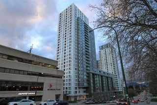 "Main Photo: 1902 5665 BOUNDARY Road in Vancouver: Collingwood VE Condo for sale in ""Wall Centre Central Park"" (Vancouver East)  : MLS®# R2355553"