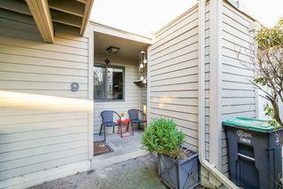 Photo 2: 9 9955 140 Street in Surrey: Whalley Townhouse for sale (North Surrey)  : MLS®# R2355056