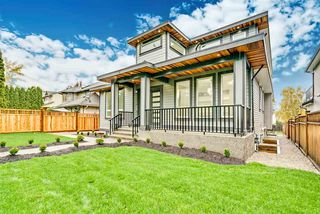 Main Photo: 1898 KING GEORGE Boulevard in Surrey: King George Corridor House for sale (South Surrey White Rock)  : MLS®# R2359150