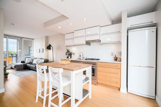 """Main Photo: 706 718 MAIN Street in Vancouver: Mount Pleasant VE Condo for sale in """"Ginger"""" (Vancouver East)  : MLS®# R2361556"""
