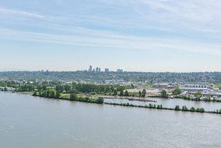 Photo 13: 2802 988 QUAYSIDE Drive in New Westminster: Quay Condo for sale : MLS®# R2367925