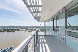 Photo 12: 2802 988 QUAYSIDE Drive in New Westminster: Quay Condo for sale : MLS®# R2367925