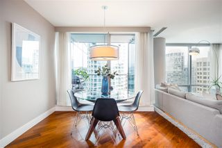 """Photo 6: 2201 1111 ALBERNI Street in Vancouver: West End VW Condo for sale in """"SHANGRI-LA RESIDENCES"""" (Vancouver West)  : MLS®# R2370104"""