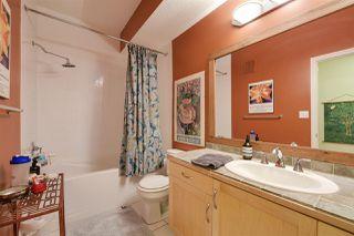 Photo 28: 9842 112 Street in Edmonton: Zone 12 House Half Duplex for sale : MLS®# E4157020