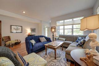 Photo 3: 9842 112 Street in Edmonton: Zone 12 House Half Duplex for sale : MLS®# E4157020