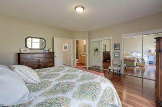 Photo 17: 9842 112 Street in Edmonton: Zone 12 House Half Duplex for sale : MLS®# E4157020
