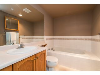 "Photo 13: 215 11605 227 Street in Maple Ridge: East Central Condo for sale in ""Hillcrest"" : MLS®# R2372554"