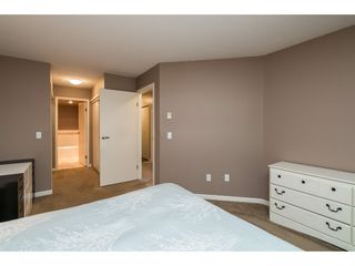 "Photo 12: 215 11605 227 Street in Maple Ridge: East Central Condo for sale in ""Hillcrest"" : MLS®# R2372554"
