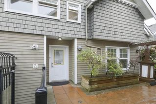 Photo 2: 9 6262 ASH Street in Vancouver: Oakridge VW Townhouse for sale (Vancouver West)  : MLS®# R2379198