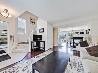 Photo 5: 22 Prestwick Grove SE in Calgary: McKenzie Towne Detached for sale : MLS®# C4245886