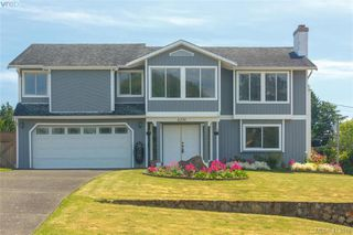 Main Photo: 4276 Panorama Drive in VICTORIA: SE Lake Hill Single Family Detached for sale (Saanich East)  : MLS®# 413048