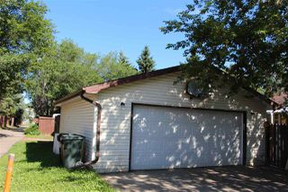 Photo 2: 217 Greenwood Drive: Spruce Grove House for sale : MLS®# E4165135