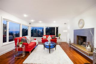 Photo 5: 250 W ROCKLAND Road in North Vancouver: Upper Lonsdale House for sale : MLS®# R2388323