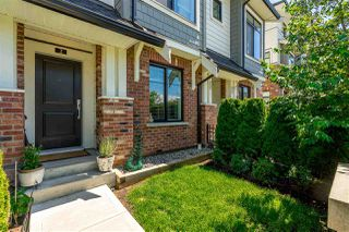"""Photo 2: 2 16518 24A Avenue in Surrey: Grandview Surrey Townhouse for sale in """"Notting  Hill"""" (South Surrey White Rock)  : MLS®# R2390503"""