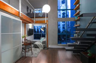 """Photo 2: 214 1238 SEYMOUR Street in Vancouver: Downtown VW Condo for sale in """"SPACE"""" (Vancouver West)  : MLS®# R2396052"""