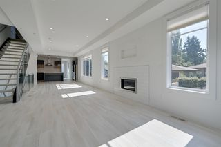 Photo 3: 9405 146 Street in Edmonton: Zone 10 House for sale : MLS®# E4172089