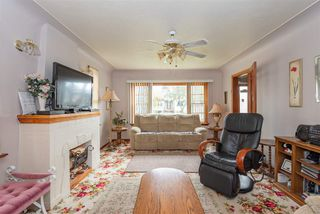 Photo 2: 9846 74 Avenue in Edmonton: Zone 17 House for sale : MLS®# E4176731