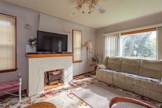 Photo 3: 9846 74 Avenue in Edmonton: Zone 17 House for sale : MLS®# E4176731