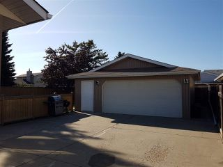 Photo 4: 443 Huffman Crescent in Edmonton: Zone 35 House for sale : MLS®# E4177594