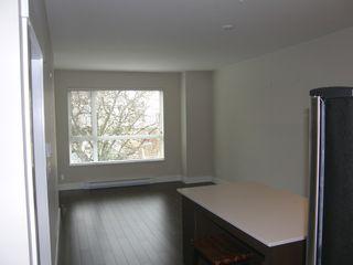 """Photo 10: 204 2351 KELLY AVENUE in """"LA VIA"""": Home for sale : MLS®# R2034370"""